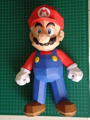 Марио из бумаги