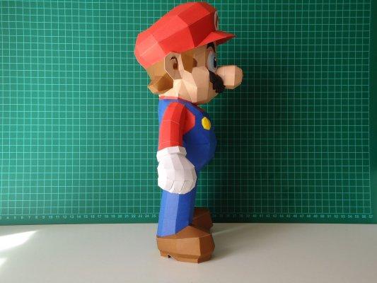 Бумажный Марио