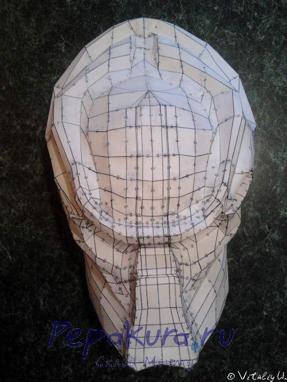 Вырезание и склеивание маски Хищника