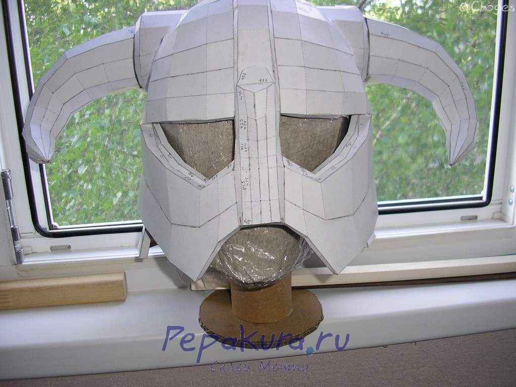 Шлем Довакина бумажная модель